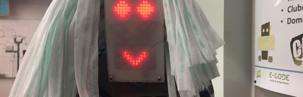 """Instalação """"Robots no Espaço"""""""